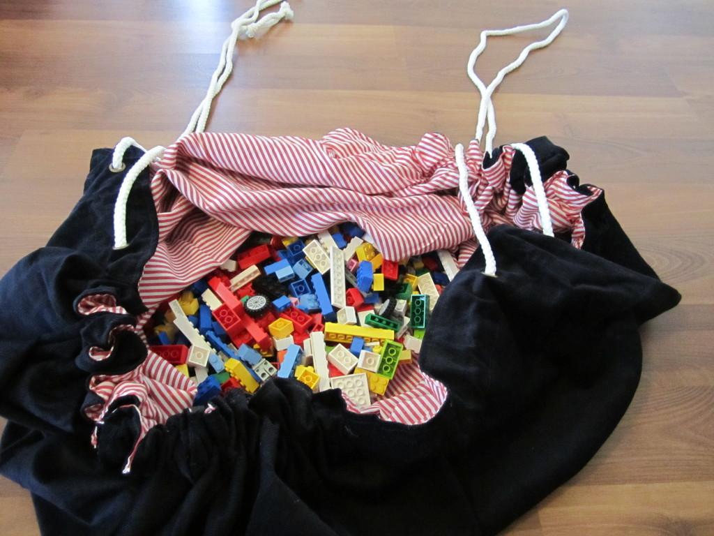 Play N Wrap Bag (10)