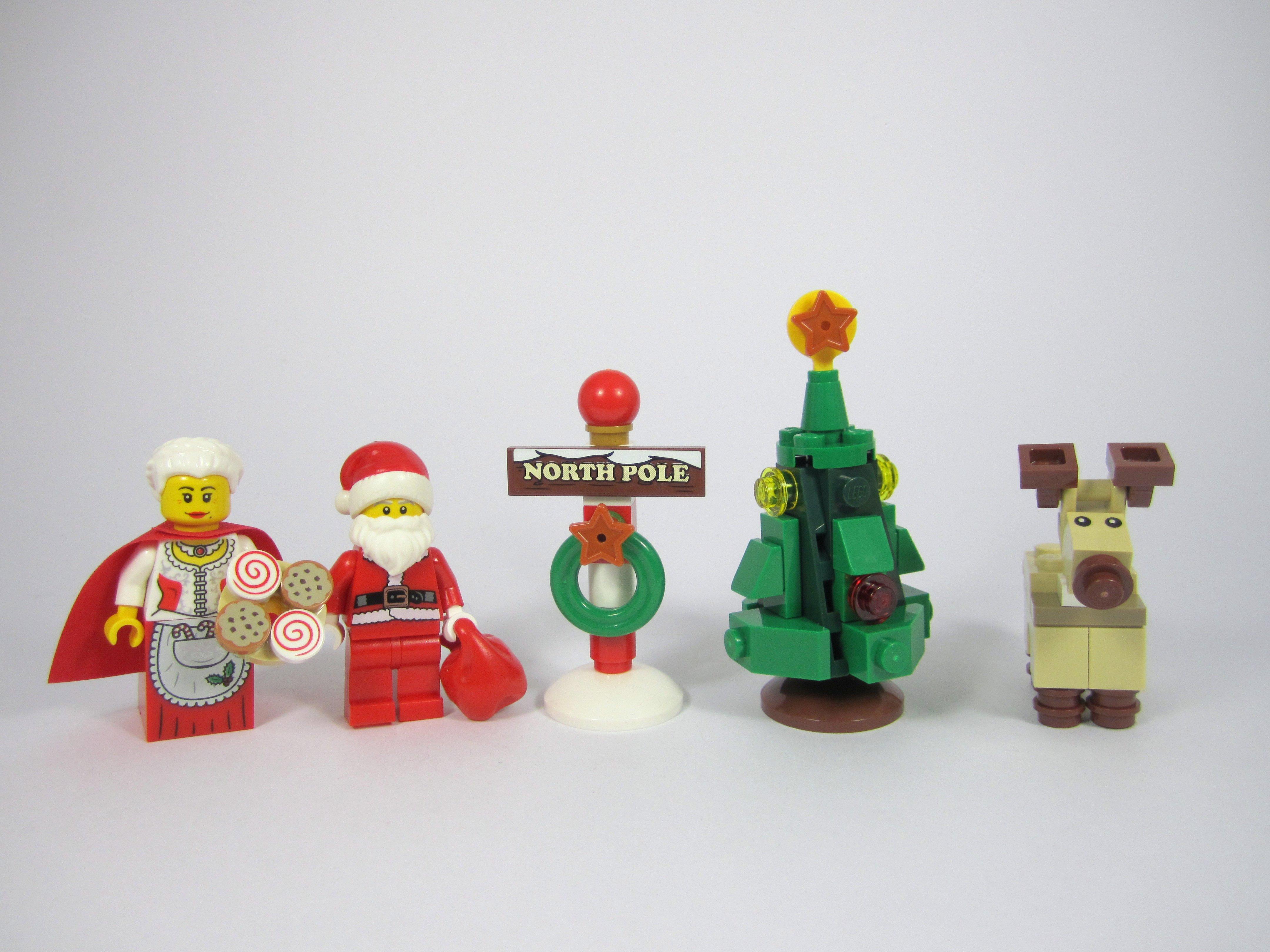 Review: LEGO Creator 10245 Santa\'s Workshop