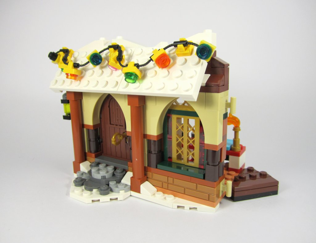 LEGO 10245 Santa's Workshop Bag 2 Build