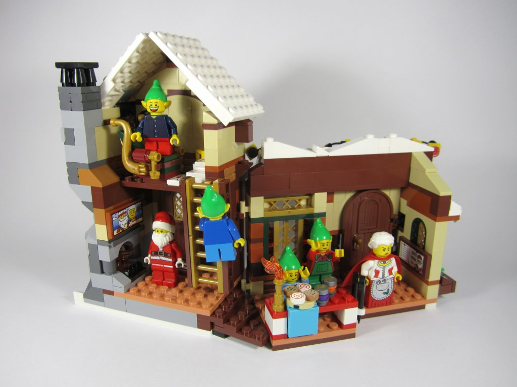 LEGO 10245 Santa's Workshop Interior
