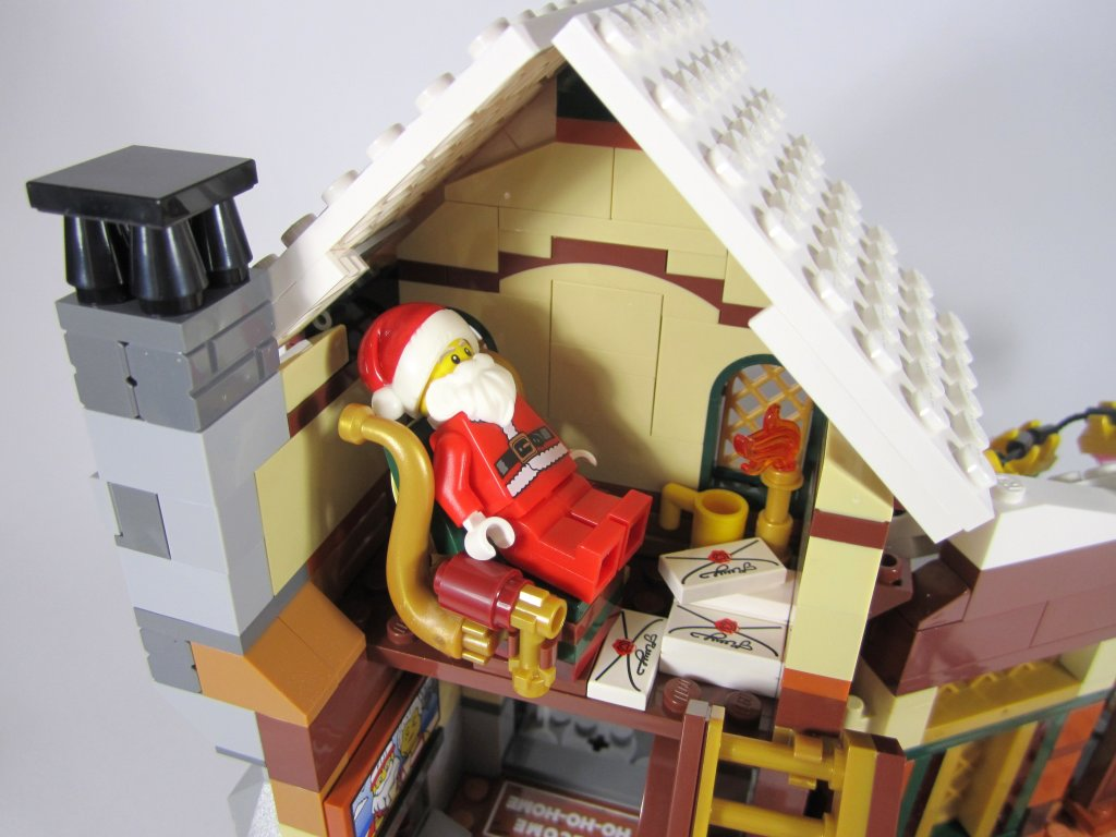 LEGO 10245 Santa's Workshop Santa Relaxing