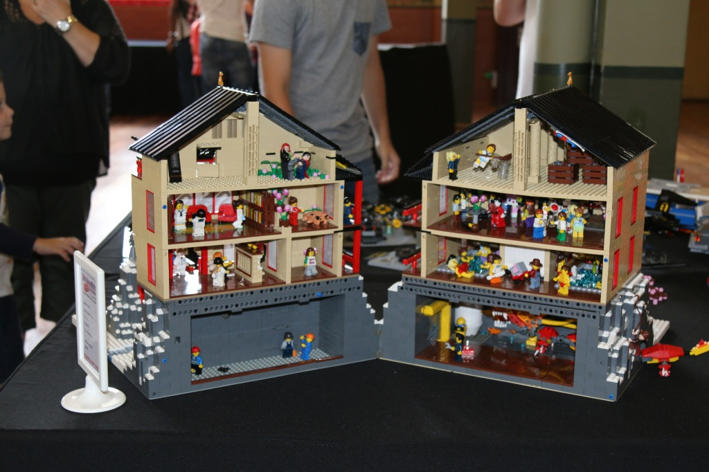Brickvention 2015 - Geisha Bath House Interior