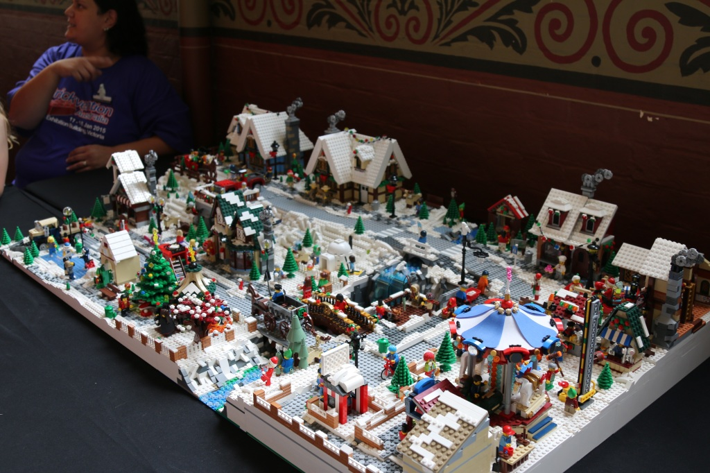 Brickvention 2015 - TanTile's Winter Village