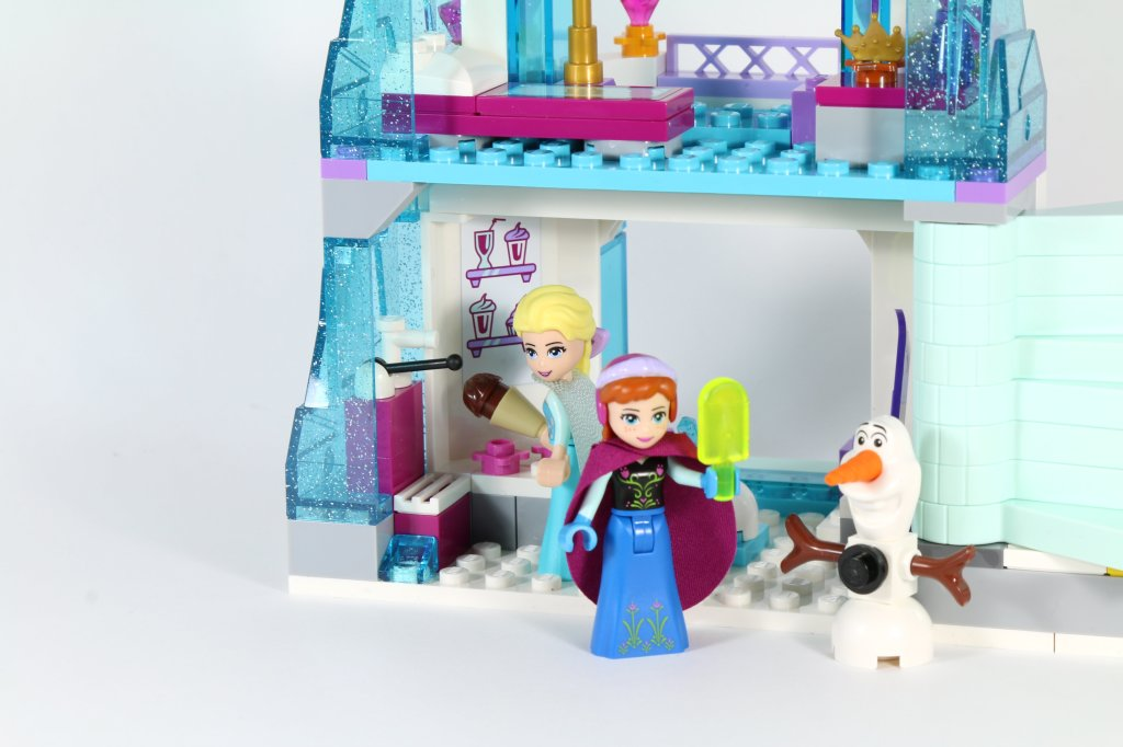 LEGO 41062 Elsa's Sparkling Ice Castle - Elsa and Anna Ice Cream