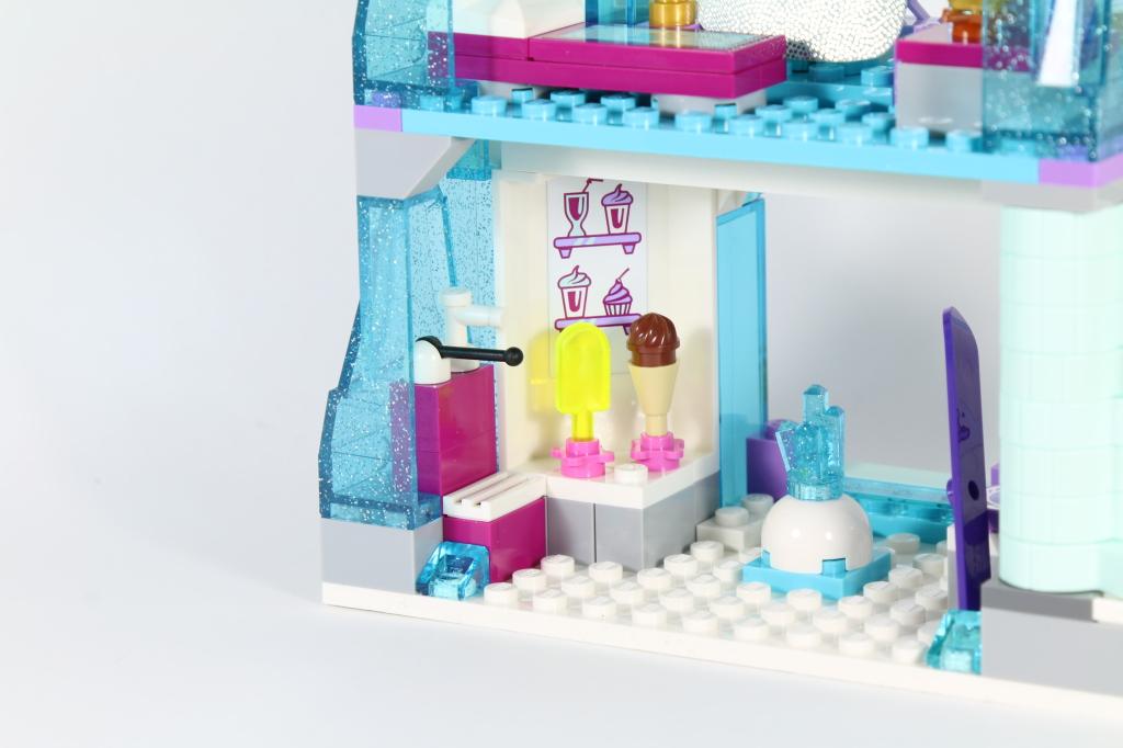 LEGO 41062 Elsa's Sparkling Ice Castle - Ice Cream