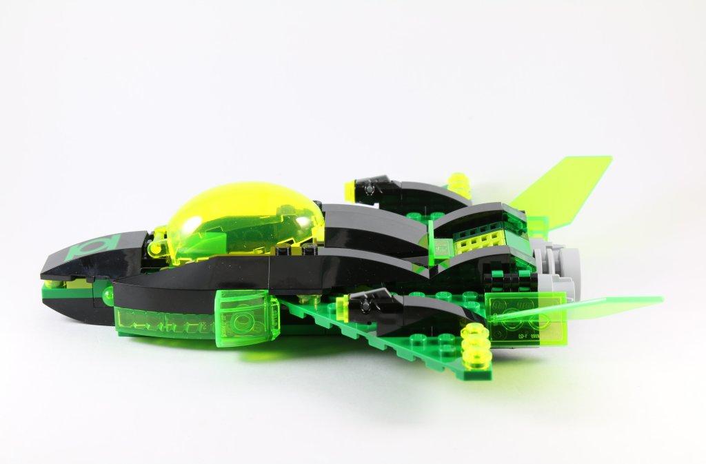 LEGO 76025 Green Lantern vs Sinestro - Green Lantern Jet Side