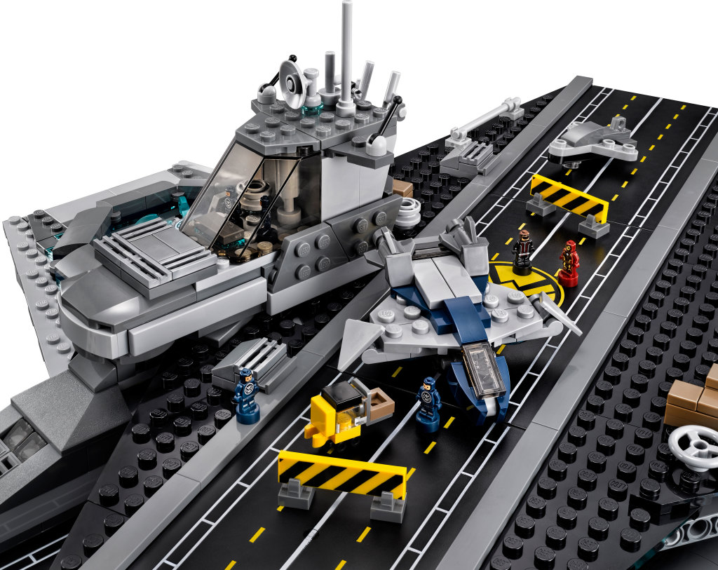 LEGO 76042 SHIELD Helicarrier - Landing Strip