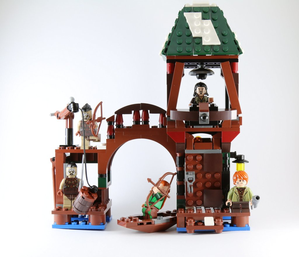 LEGO 79016 Attack on Lake-town