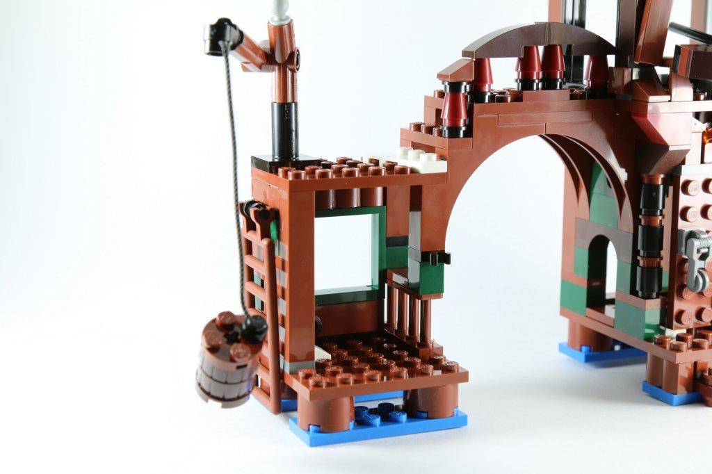 LEGO 79016 Attack on Lake-town Fishing Barrel