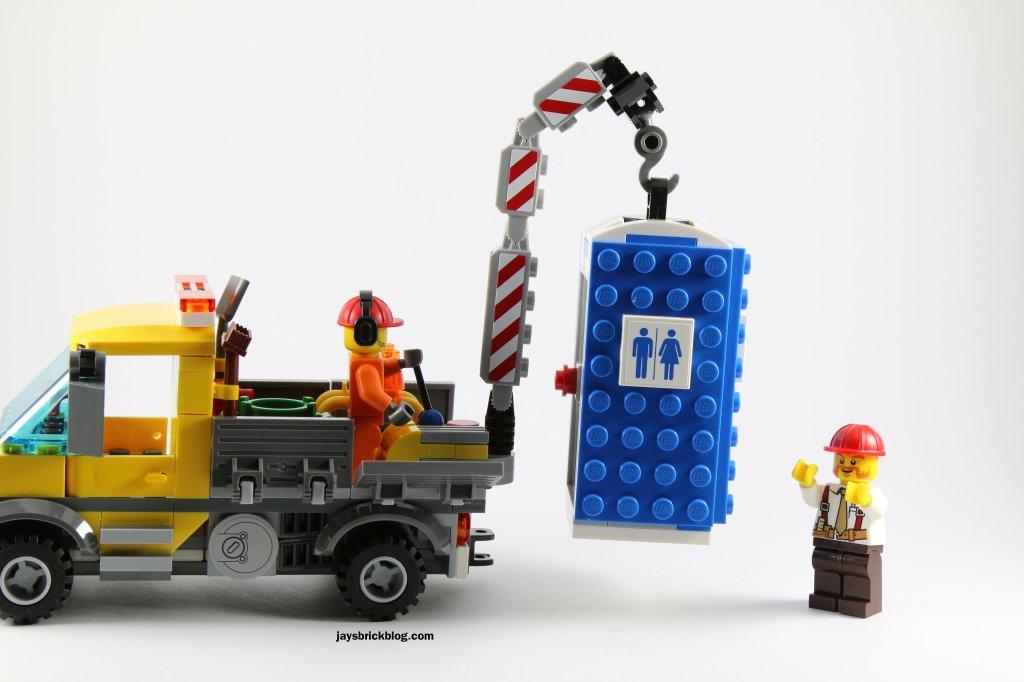 LEGO 60073 Service Truck - Lifting Portable toilet