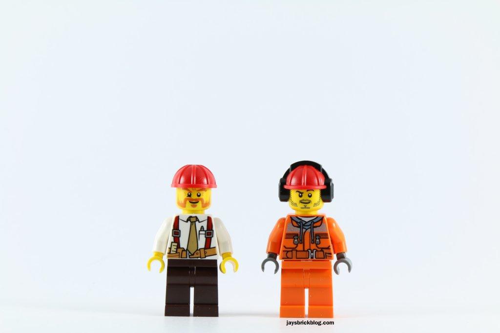 LEGO 60073 Service Truck - Minifigures