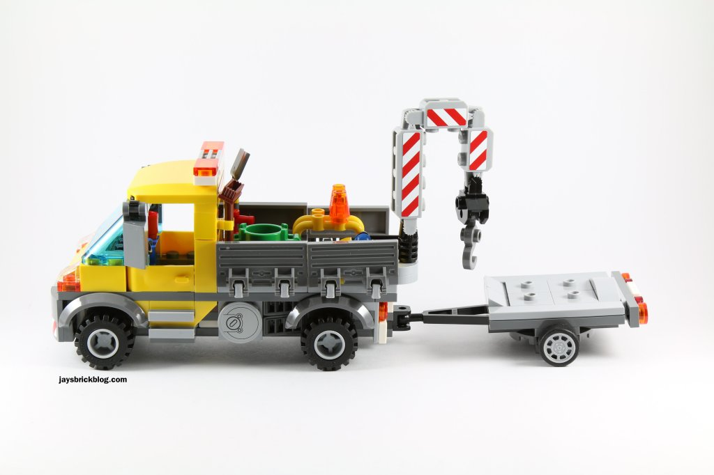 LEGO 60073 Service Truck - Side View