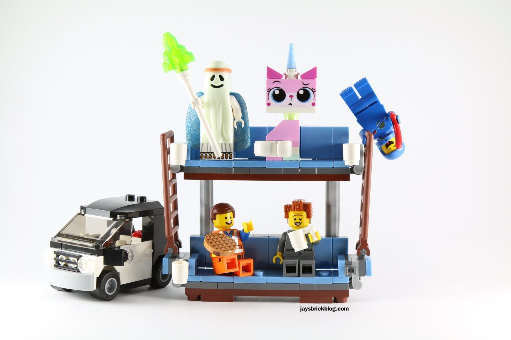 Review: The LEGO Movie 70818 Double Decker Couch