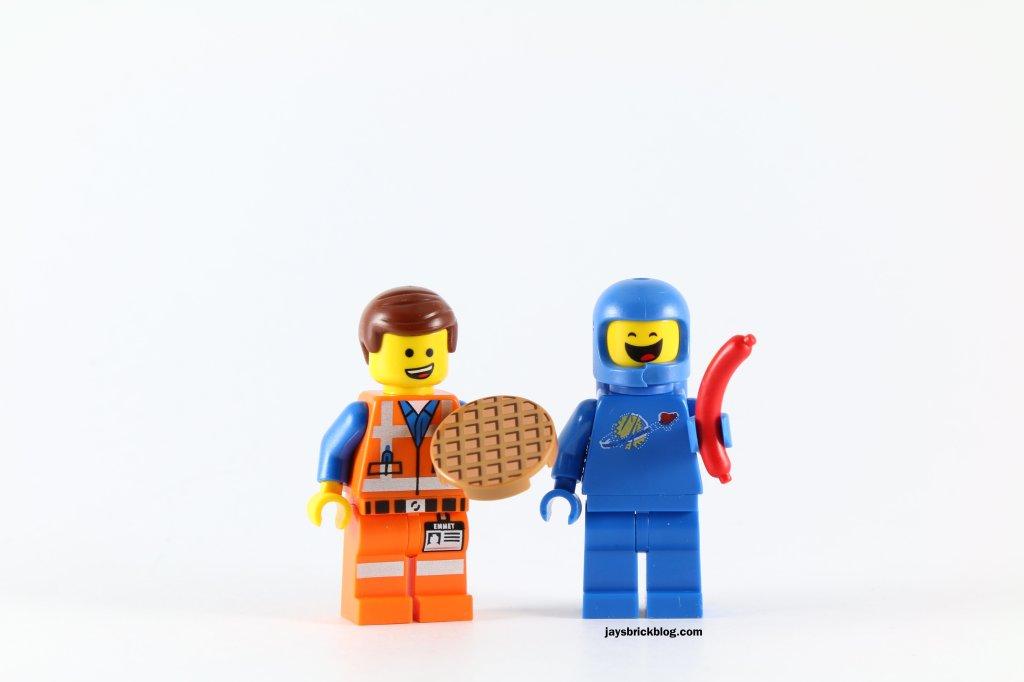 LEGO 70818 Double Decker Couch - Emmet Waffles