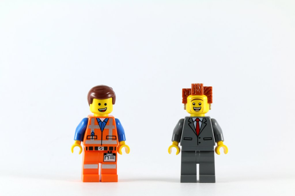 LEGO 70818 Double Decker Couch - Emmet and President Business Minifigures