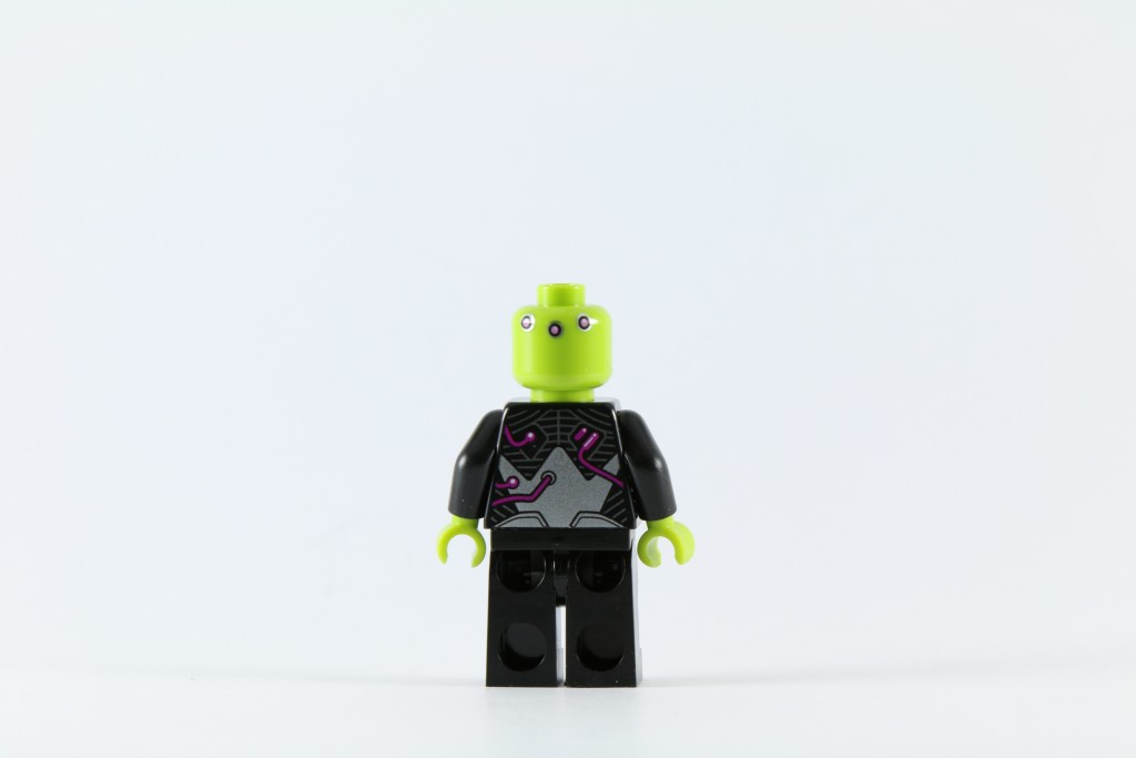 LEGO 76040 Brainiac Attack - Brainiac Minifigure Back