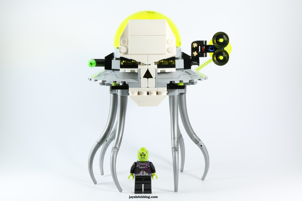 LEGO 76040 Brainiac Attack - Brainiac and Skull Ship