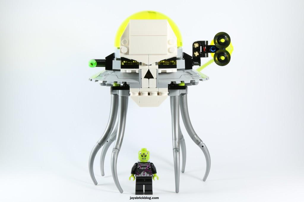 LEGO 76040 Brainiac Attack - Brainiac and Skull Ship