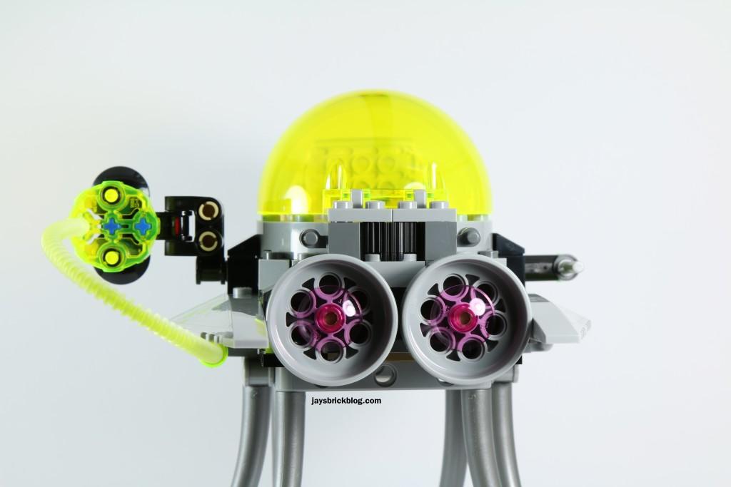 LEGO 76040 Brainiac Attack - Skull Ship Back