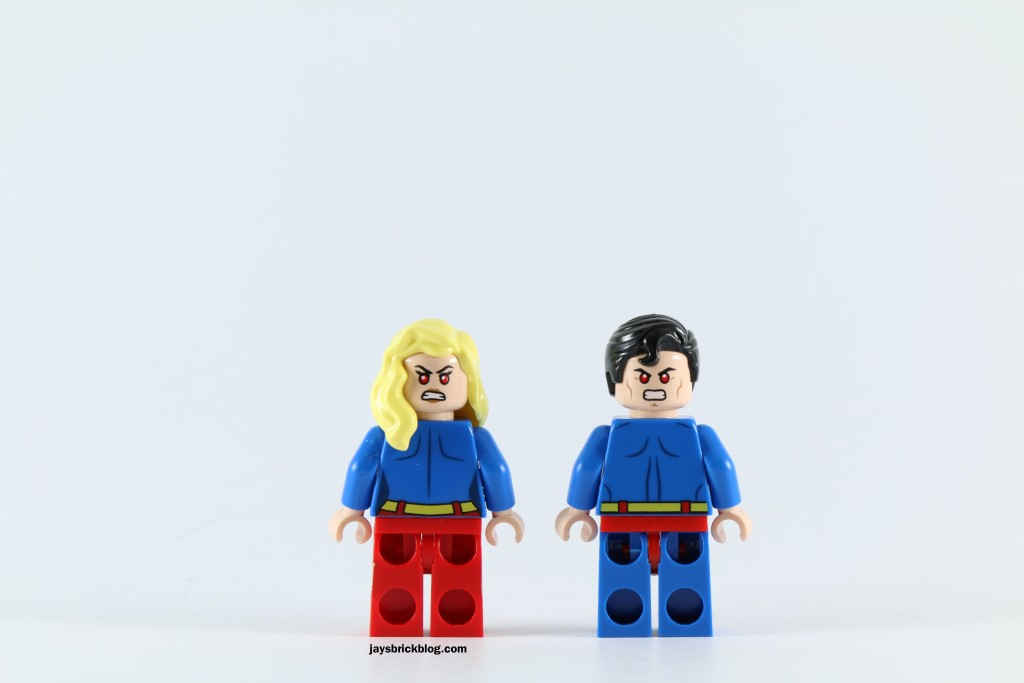 LEGO 76040 Brainiac Attack - Superman and Supergirl Back Printing