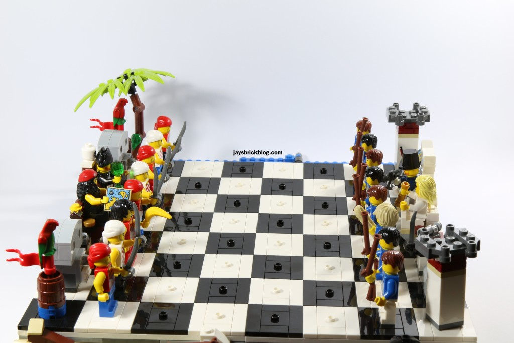 Review: LEGO 40158 Pirates Chess Set