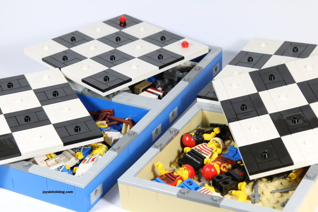 LEGO 40158 Pirates Chess Set - Storage