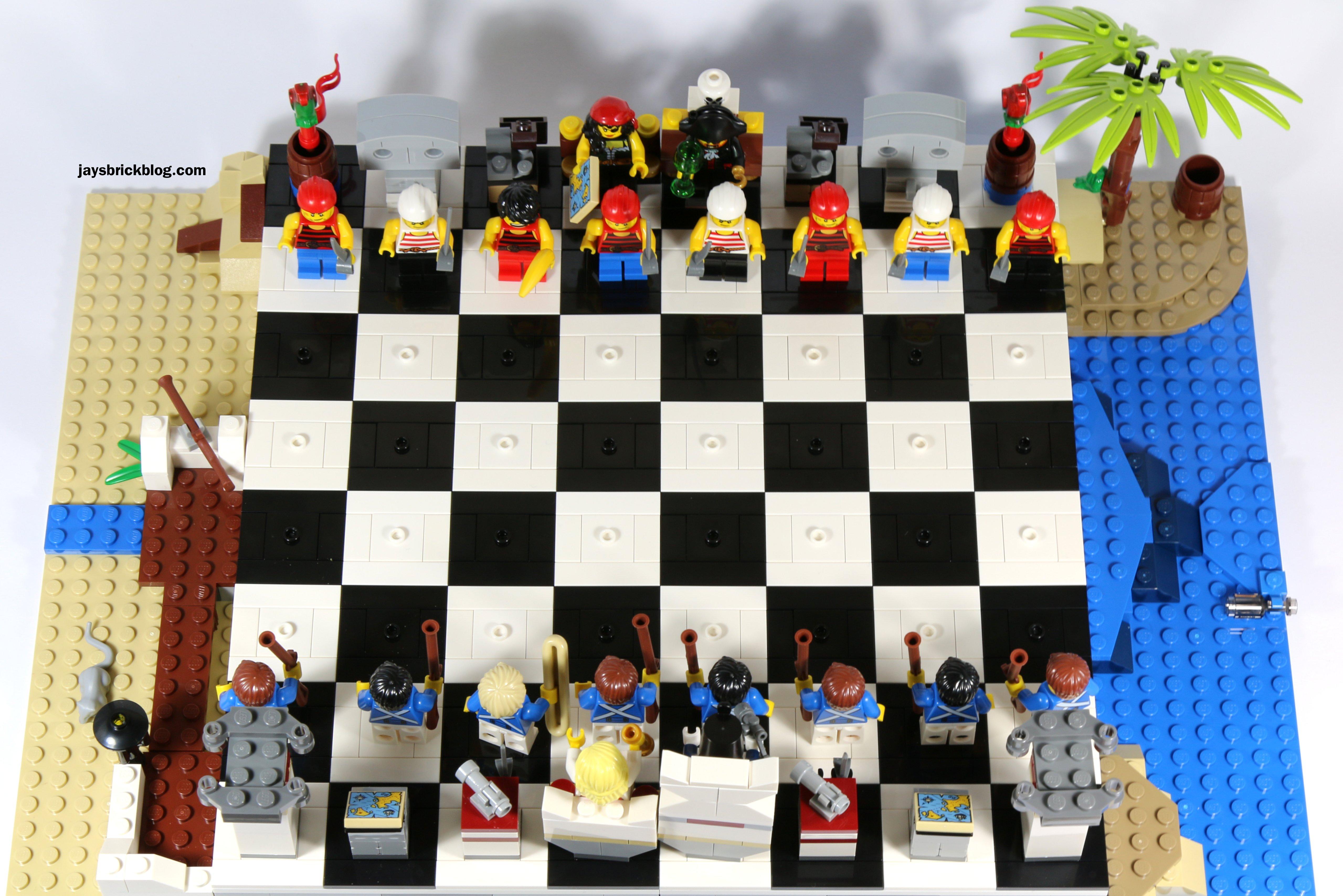 LEGO 40158 Pirates Chess Set  Top View