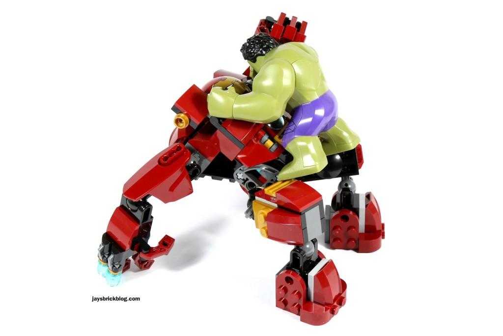 LEGO 76031 - The Hulk Buster Smash - Hulk Buster vs Hulk