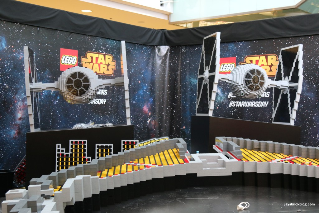 LEGO Star Wars Day 2015 - TIE Fighters