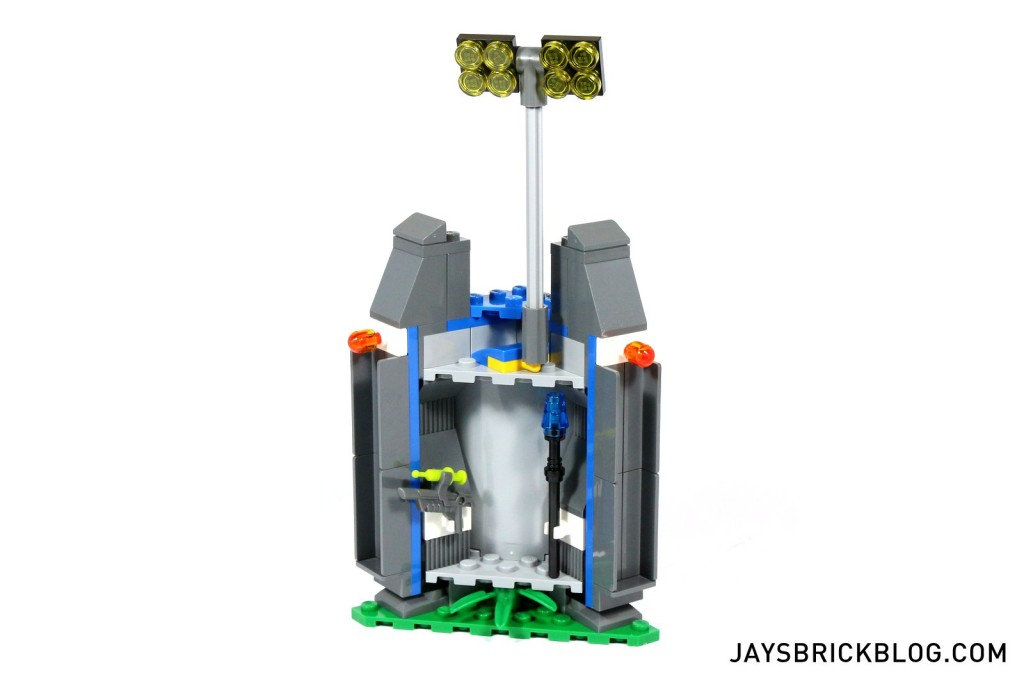 10 LEGO 75919 Indominus Rex Breakout - Weapons Cache