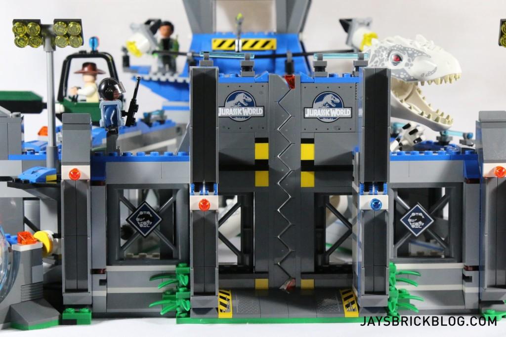 12 LEGO 75919 Indominus Rex Breakout - Gate