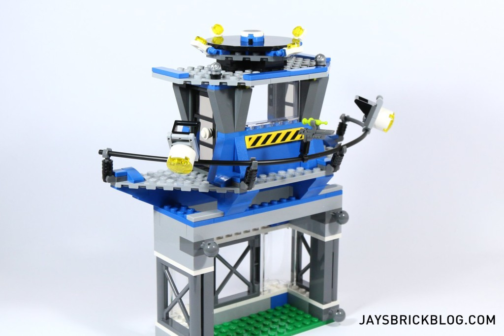 6 LEGO 75919 Indominus Rex Breakout - Research Lab Tower