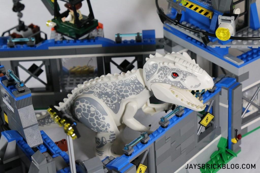 LEGO 75919 Indominus Rex Breakout - I-Rex Breaching Wall