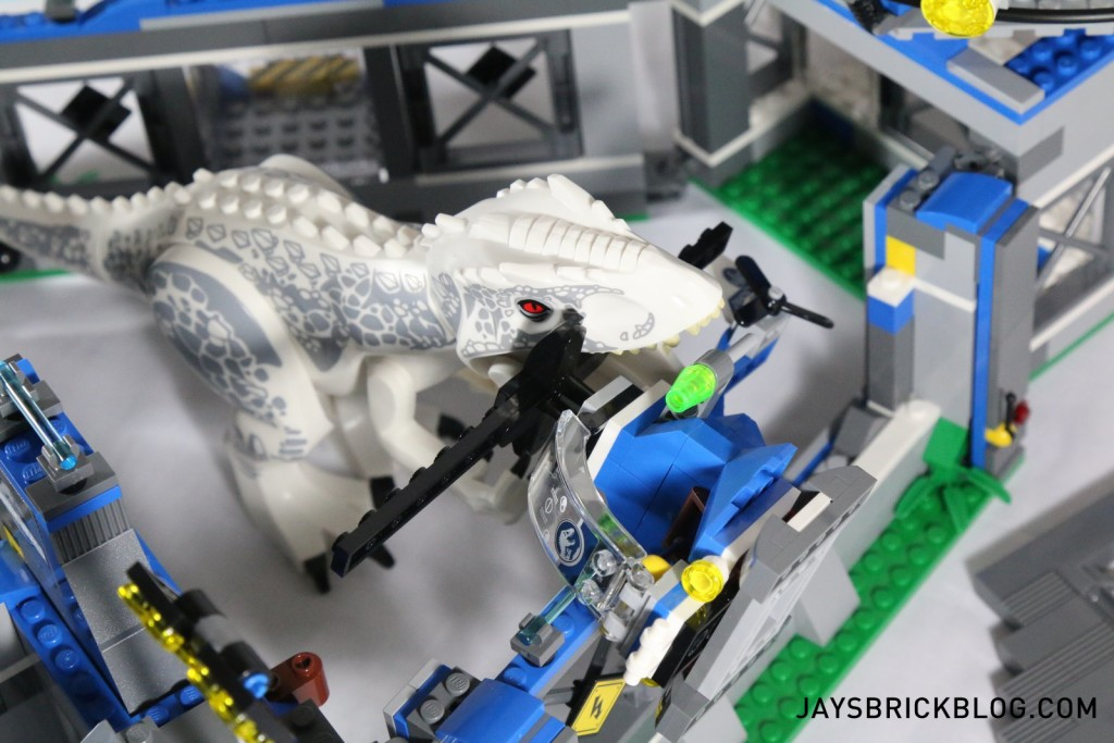 LEGO 75919 Indominus Rex Breakout - I-Rex Chewing Helicopter