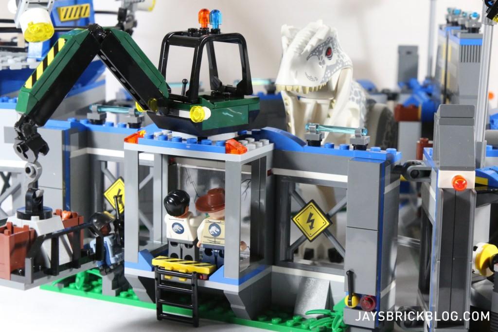 LEGO 75919 Indominus Rex Breakout - Observation Glass Area