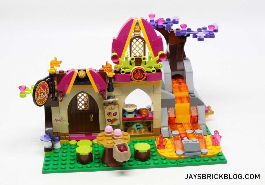 41074 Azari and the Magical Bakery - Bakery Front View