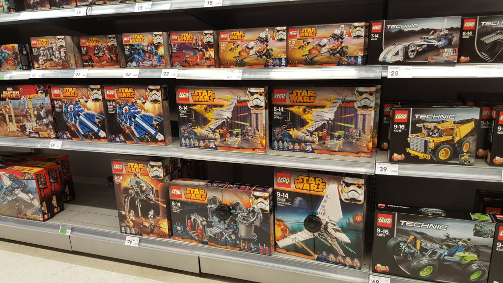 August 2015 Star Wars Sets Kmart Australia