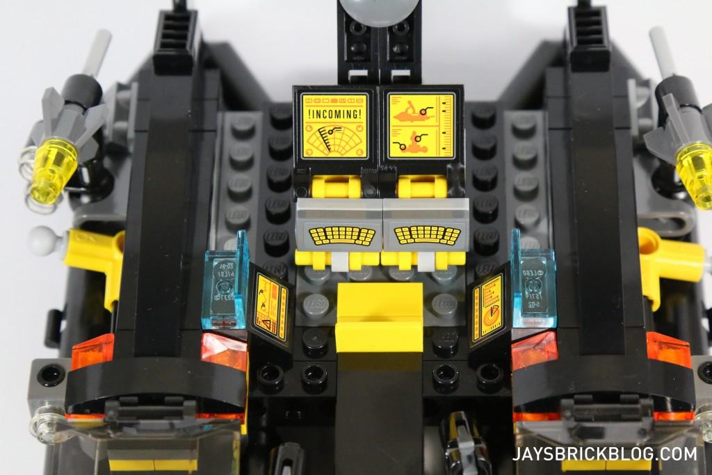 LEGO 76034 The Batboat Harbour Pursuit - Batboat Control Panel