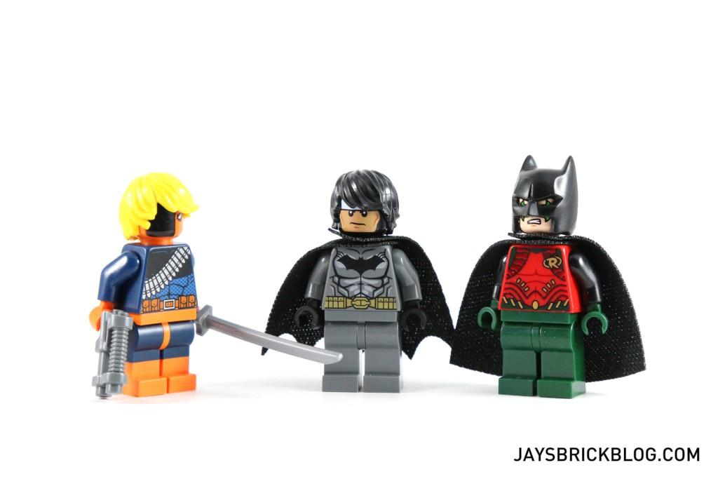 LEGO 76034 The Batboat Harbour Pursuit - Minifigures Swapped Headgear