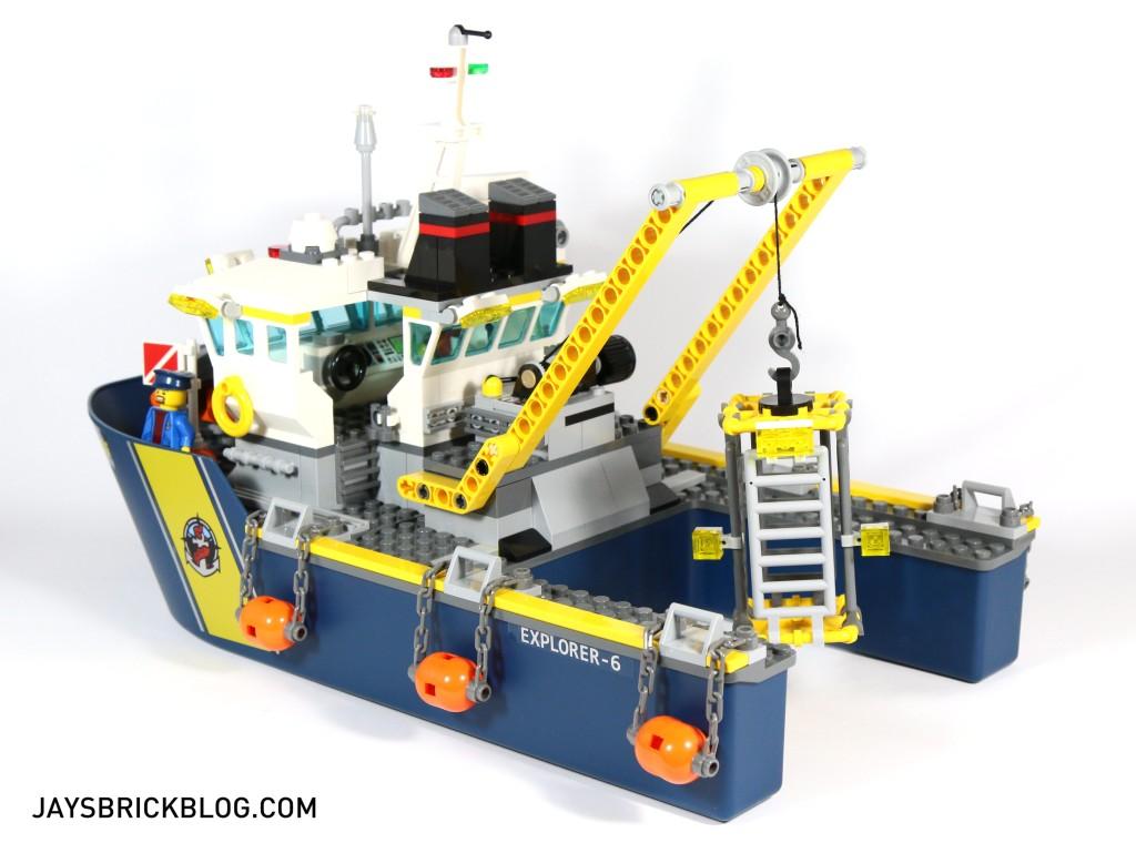 LEGO 60095 Deep Sea Exploration Vessel - Back View Ship
