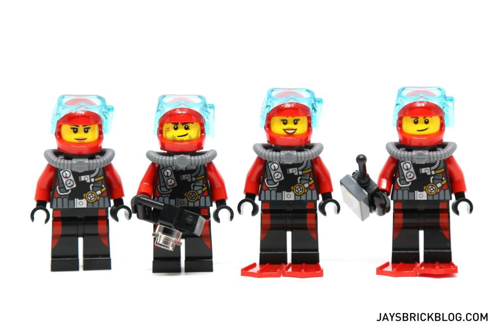 LEGO 60095 Deep Sea Exploration Vessel - Diver Minifigures