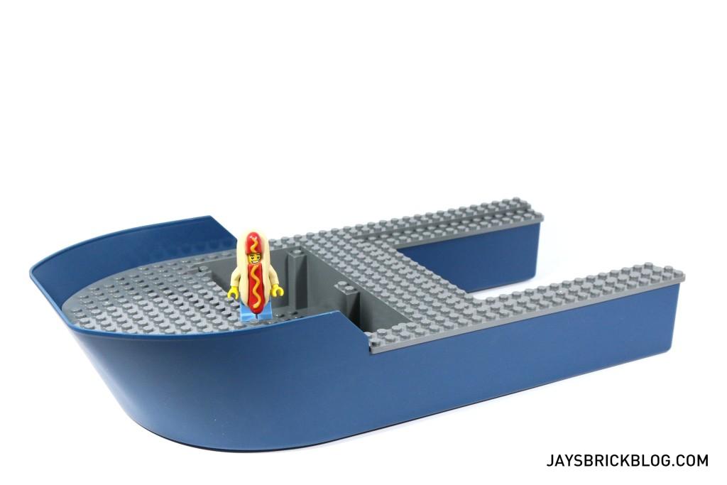 LEGO 60095 Deep Sea Exploration Vessel - Ship Hull