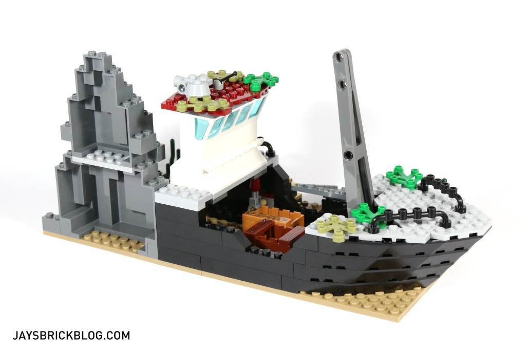 LEGO 60095 Deep Sea Exploration Vessel - Shipwreck Side