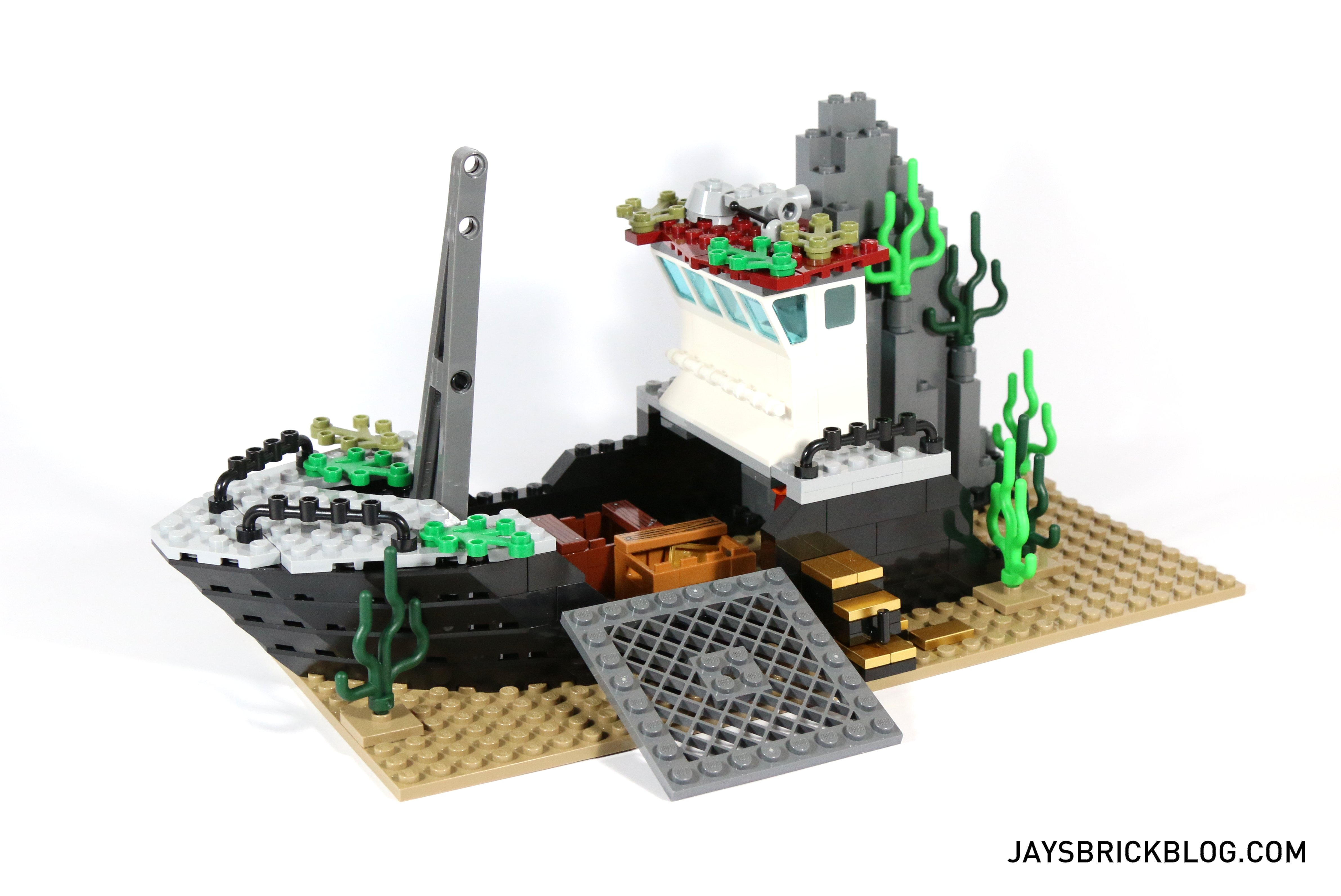 how to make a lego shipwreck