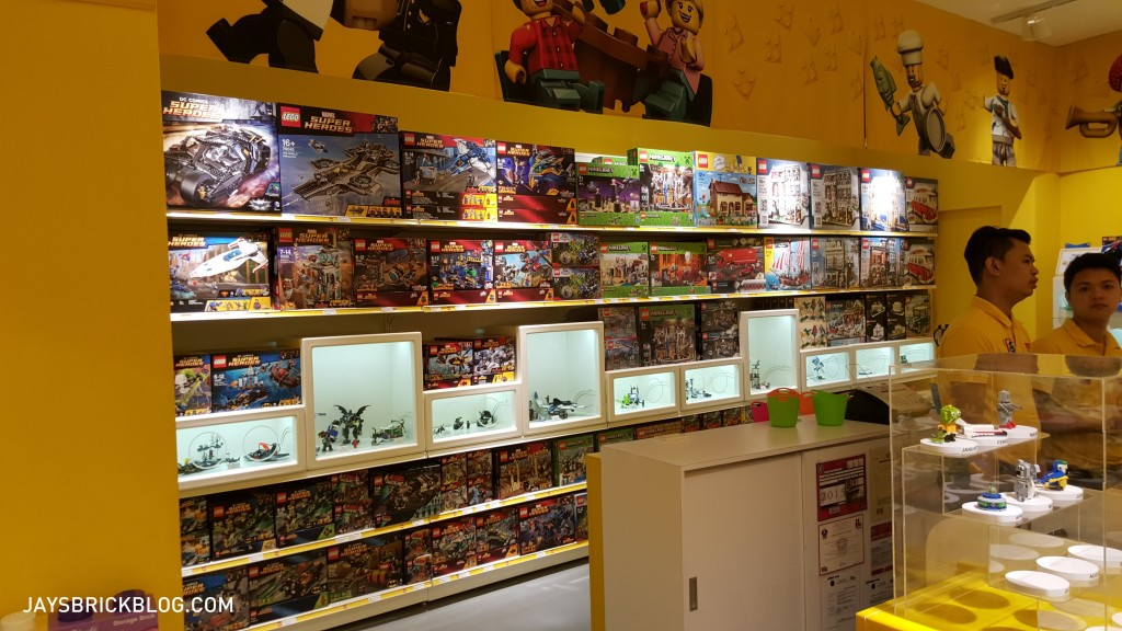Manila LEGO Store - Counter