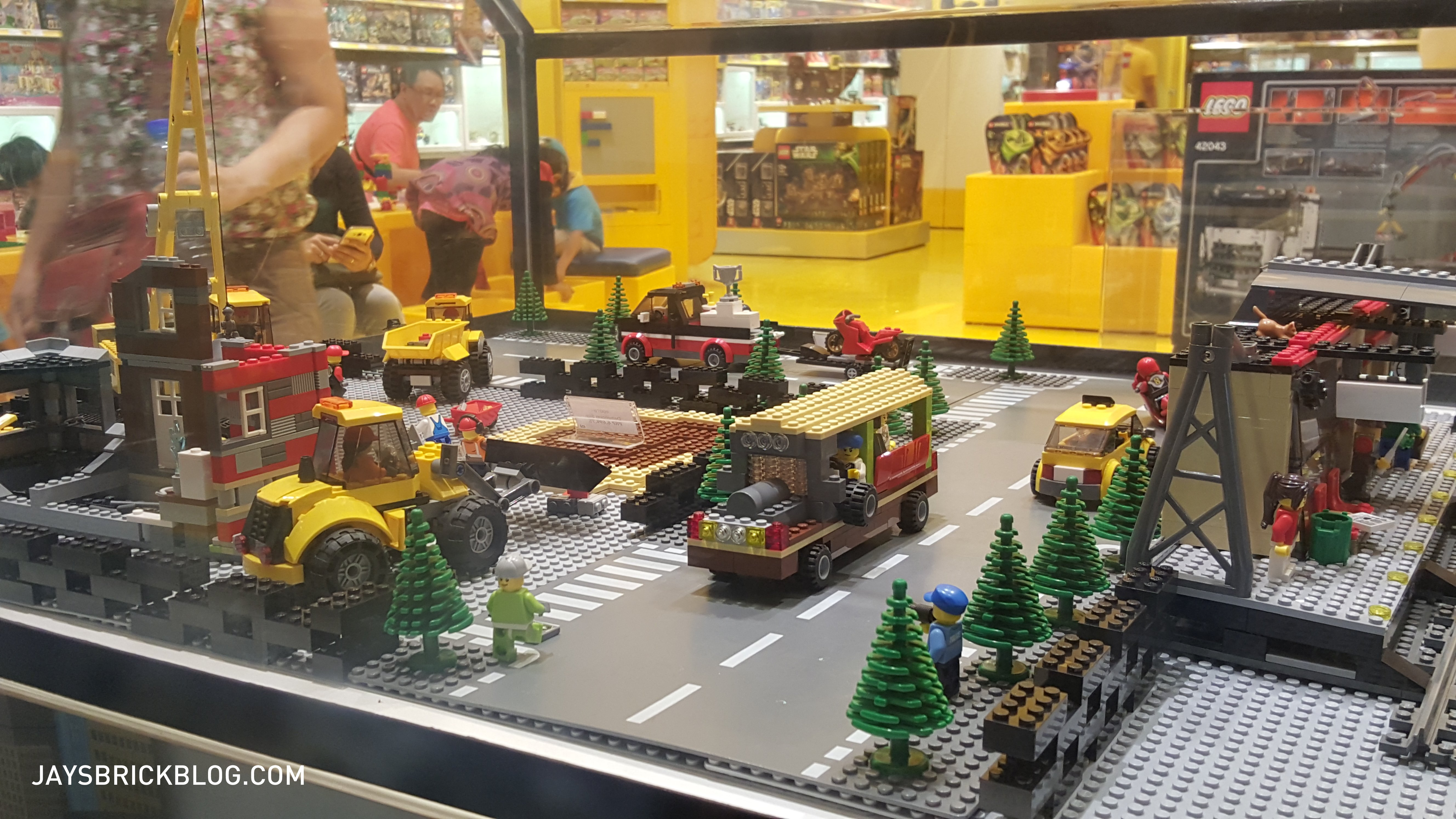 Checking Out The Lego Store In Manila Philippines Jays Brick Blog