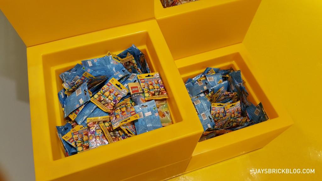 Manila LEGO Store - Minifigures Bin