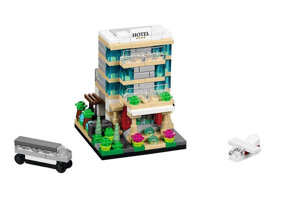 Toys R Us Bricktober 2015 40141 Bricktober Hotel Complete Model