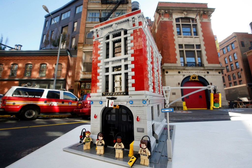 LEGO 75827 Ghostbusters Firehouse Reveal