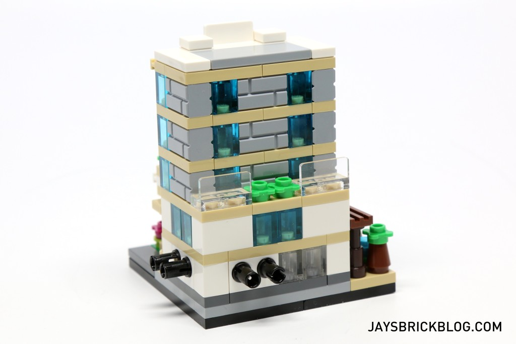 LEGO TRU Bricktober 2015 - Hotel Back